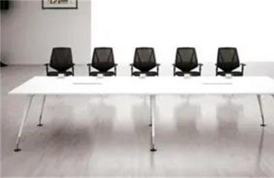 合创优品独到的办公桌椅设计